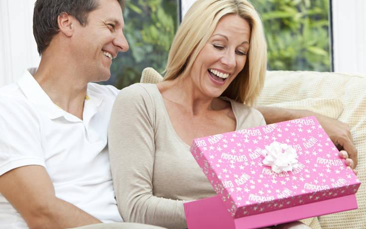 ιδέες δώρο για 3 μήνες dating γρήγορη χρονολόγηση γουόργουσαϊρ ΗΒ