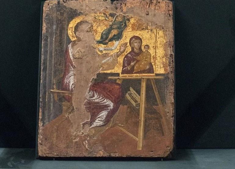 Ο Λουκάς ζωγραφίζει την Παναγία» στην προθήκη του Μουσείου Μπενάκη